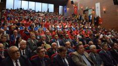 Bursa'da okul sporlarında başarılı öğrenciler ödüllendirildi