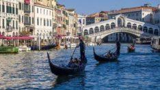 Venedik, turistlerden 'ayakbastı parası' alacak