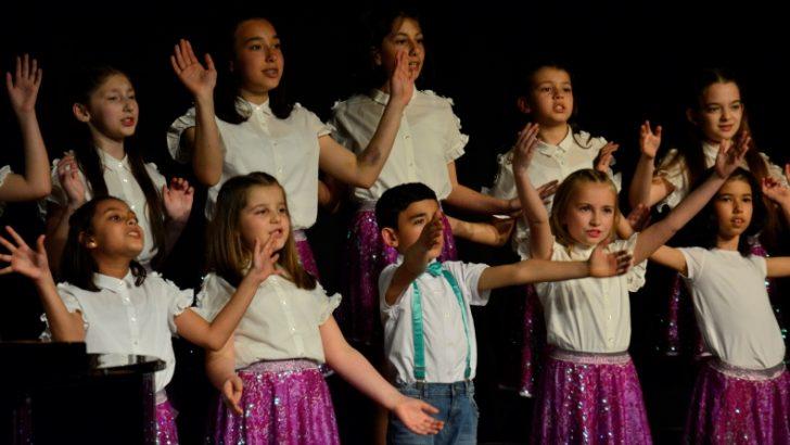 """Bursa'da """"Dünya Müziği Derneği"""" konseri"""
