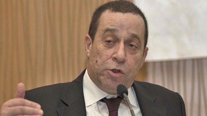 KKTC Maliye Bakanı Serdar Denktaş istifa etti