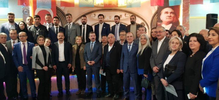 Yavuz Ağıralioğlu Bursa'da konuştu:EYT'lilere verilen sözler tutulmadı