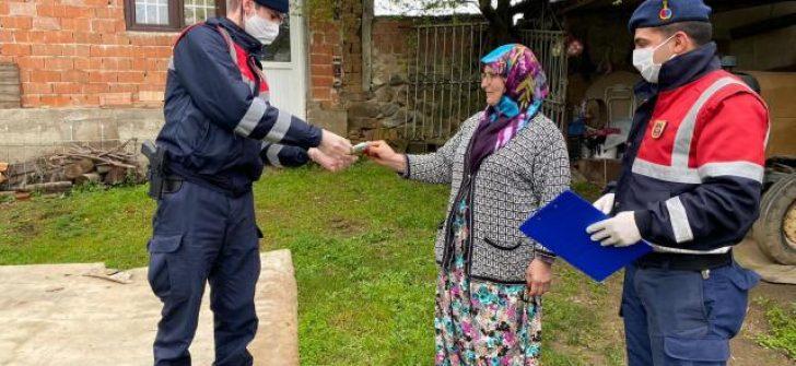 Umre parasını Milli Dayanışma Kampanyası'na bağışladı